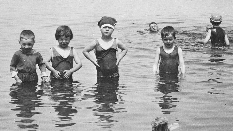 Maven Moment: Bathing Suits